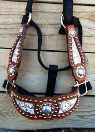 Bling inlay halter w/ fancy cheeks. White floral.