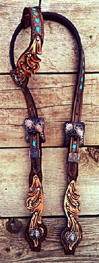 Scroll cut-out hand tooled single ear headstall with turquoise accents.