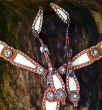 Buckstitched bling tack set with daisy conchos and a double ear headstall.