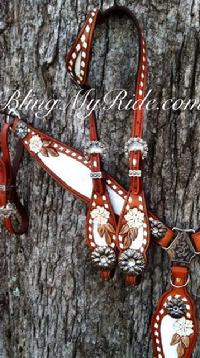 Hand tooled and painted bling tack set with daisy conchos.